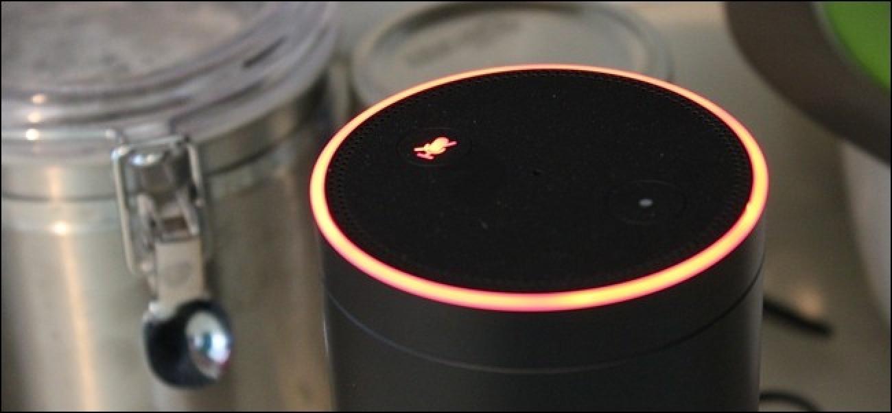 Schalten Sie Ihr Amazon Echo zu bestimmten Zeiten automatisch mit einem Outlet-Timer stumm