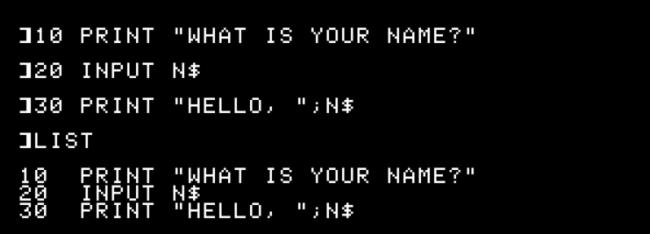 """Das """"10 DRUCKEN SIE 'WAS IST IHR NAME?',"""" """"20 EINGABE N $,"""" und """"30 DRUCKEN """"HALLO, """"; N $"""" Befehle, die von der ausgegeben werden """"LISTE"""" Befehl in Apple II."""