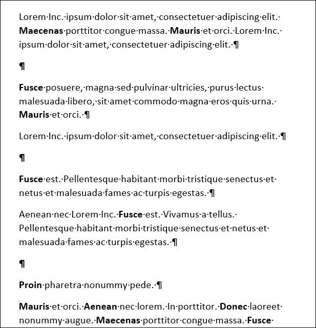 Word-Dokument mit zusätzlichen Absatzmarkierungen zwischen Absätzen