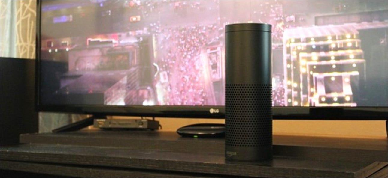 So steuern Sie Ihr Fernsehgerät oder Ihre Stereoanlage mit dem Amazon Echo und Logitech Harmony Hub