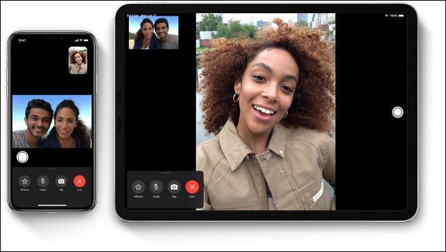 Ein FaceTime-Anruf zwischen einer Frau und einem Paar auf einem iPhone und iPad.