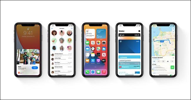 Fünf Apple iPhones mit iOS 14