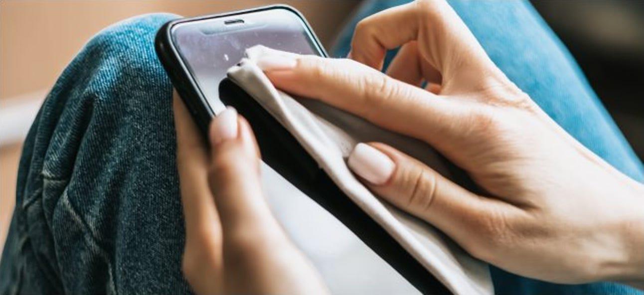 So schützen und restaurieren Sie die ölfeindliche Beschichtung Ihres Smartphones