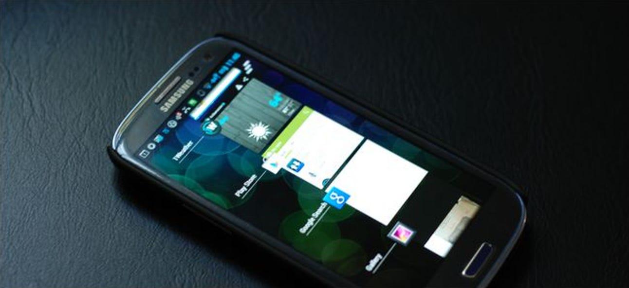 Was passiert genau, wenn Sie eine Android-App aus der Liste der zuletzt verwendeten Apps streichen?