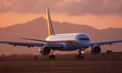 So sehen Sie, ob ein Flug WLAN und Steckdosen bietet