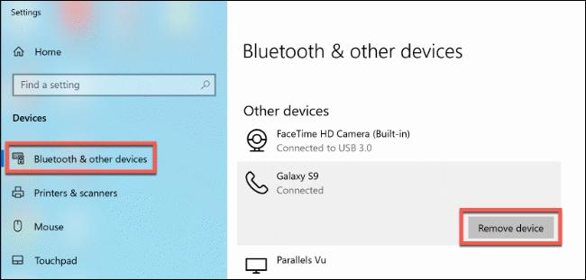 """Klicken """"Bluetooth und andere Geräte,"""" und dann klick """"Gerät entfernen."""""""