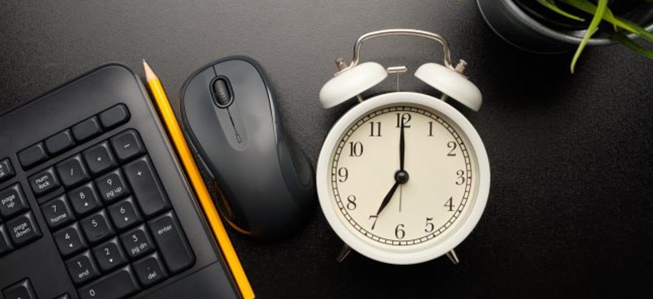 So aktivieren Sie Ihren PC automatisch nach einem Zeitplan
