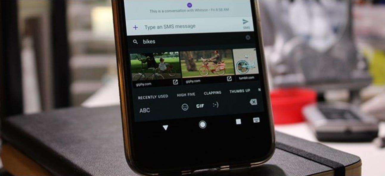 So suchen Sie nach Emojis und GIFs in der Gboard-Tastatur von Android