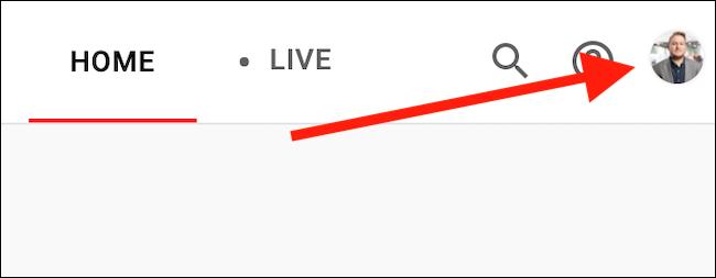 Klicke oben rechts auf deinen YouTube TV-Avatar