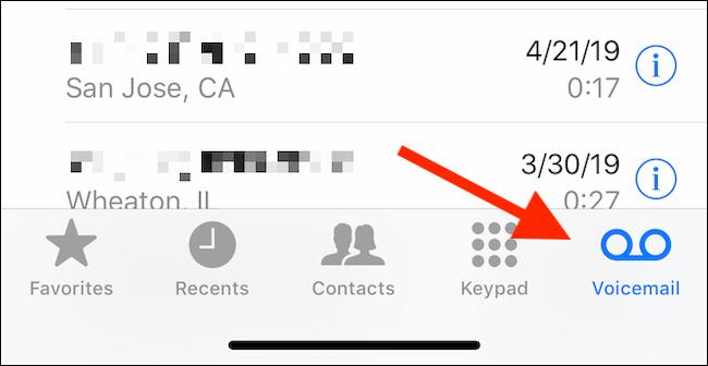 Tippen Sie in der Telefon-App auf die Registerkarte Voicemail, um Voicemails anzuzeigen