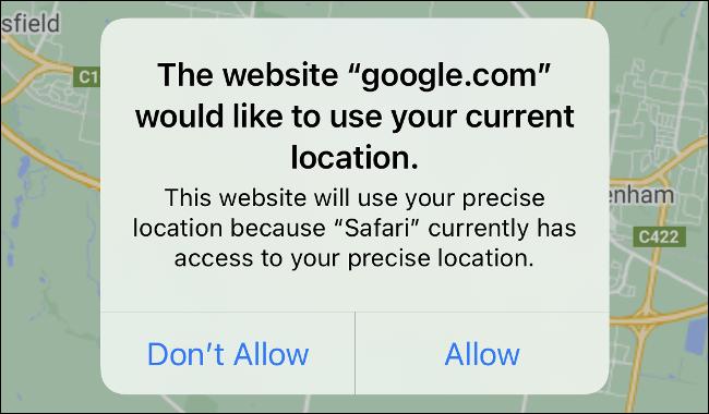 Die Safari-Standortaufforderung in iOS 14.