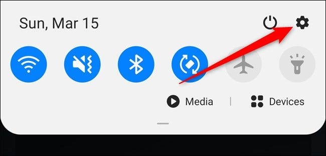 Samsung Galaxy S20 Öffnen Sie den Benachrichtigungsschirm und wählen Sie dann das Einstellungszahnrad