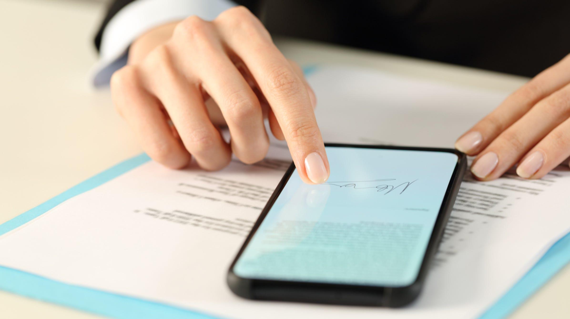 So signieren Sie PDF-Dokumente elektronisch, ohne sie zu drucken und zu scannen
