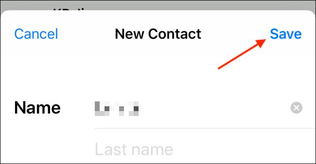 Tippen Sie auf die Schaltfläche Speichern von der Kontaktkarte auf dem iPhone