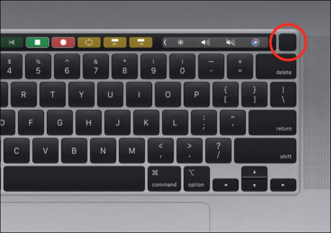 Die Touch ID-Taste auf einer MacBook Pro-Tastatur.